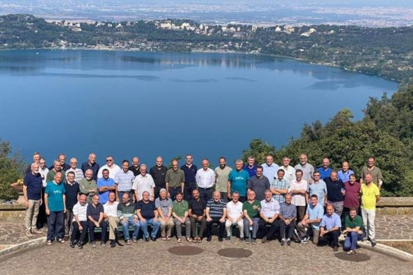 Group picture of the Jesuit fathers who took part in the first Provinciale Congregation of the Euro-Mediterranean Province